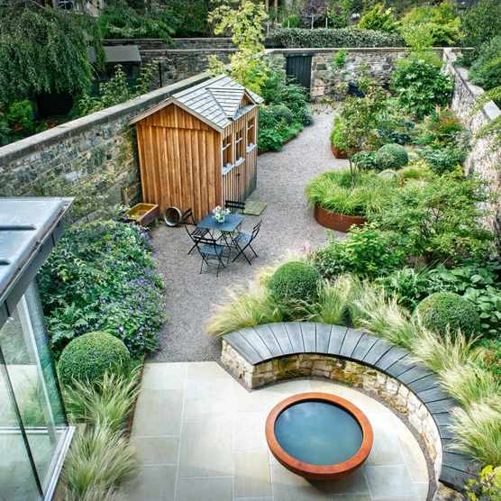 Carolyn Grohmann's small Edinburgh garden