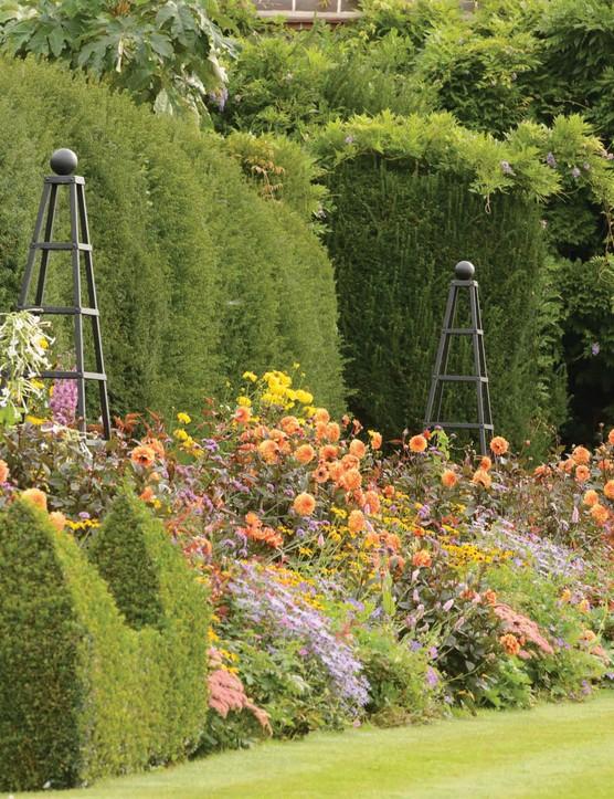 Plant obelisk from Harrod horicultural