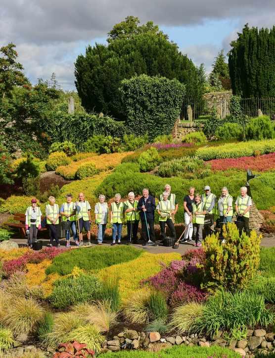 Perth in Bloom volunteers