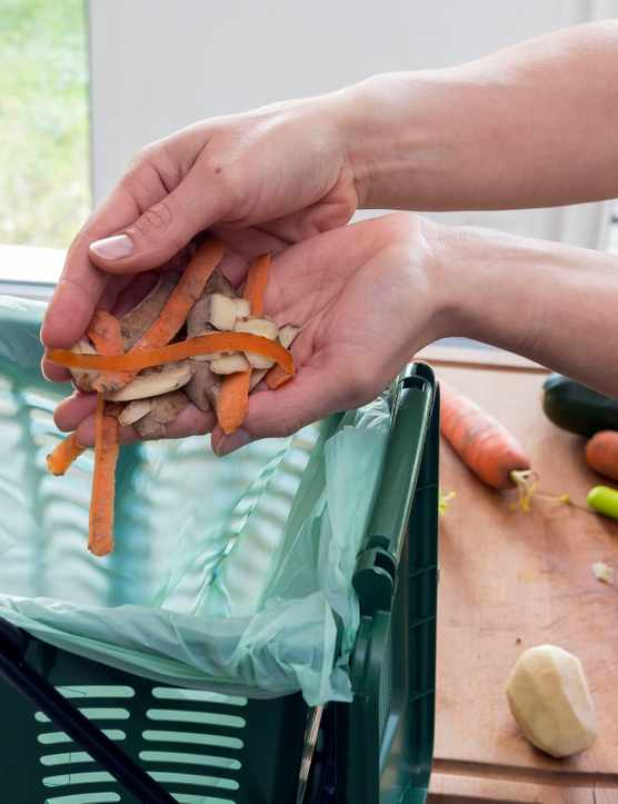 Composting household waste