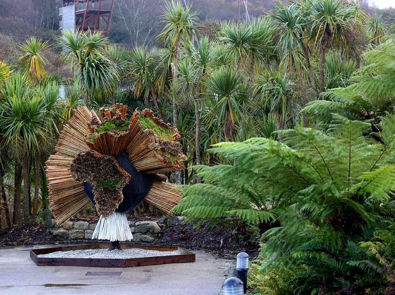 Eden Project living sculpture celebrates David Attenborough's Seven Worlds, One Planet