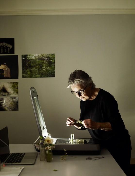 Artist Toril Brancher at work