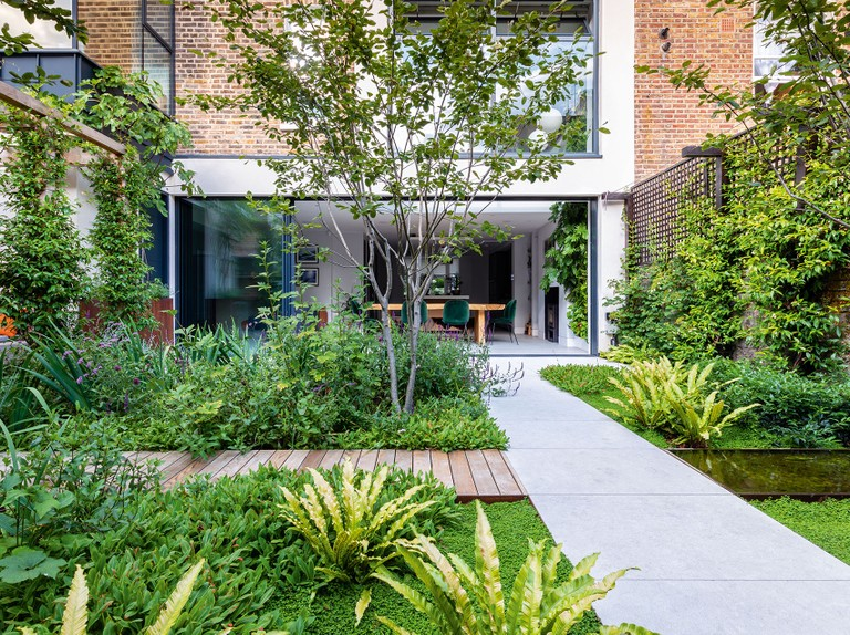 How Do Garden Landscapers And Designers Work Together Gardens Illustrated
