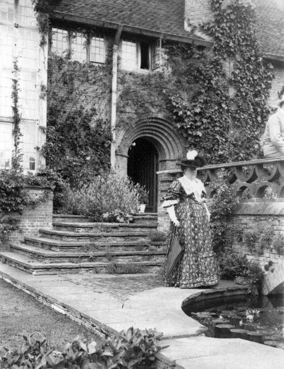 Gertrude Jekyll beside the terrace bridge at Deanery Garden, Sonning, Berkshire, after 1901. Sir Edwin Lutyens built the house for Edward Hudson