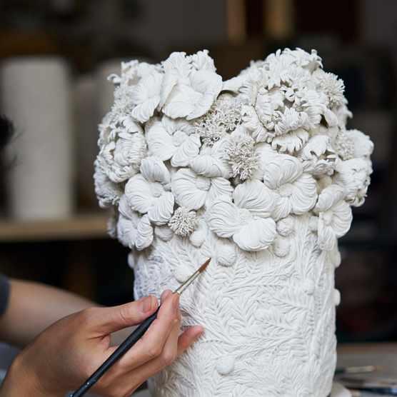 Hitomi Hosono's porcelain