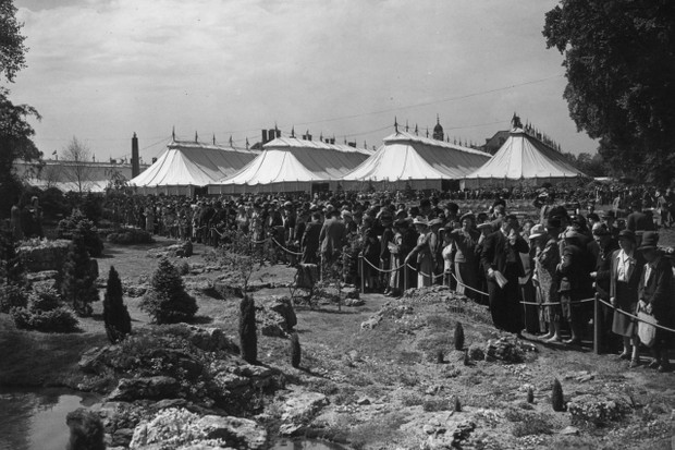 May 1950: Crowds looking at the rock gardens during a private view at the Chelsea Flower Show in London.