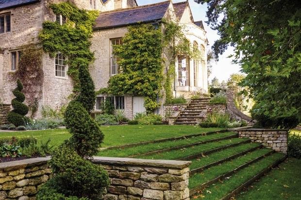 The Manor House Garden by Arabella Lennox-Boyd