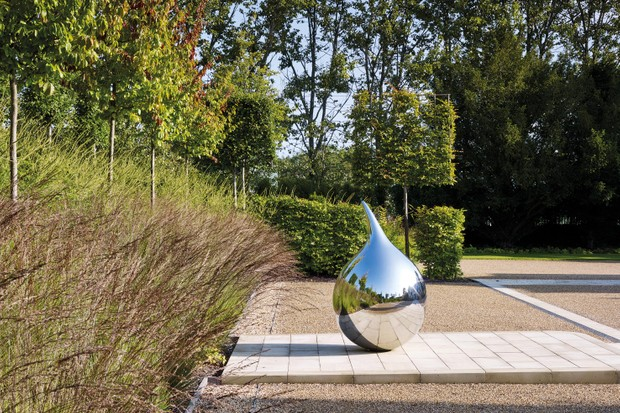 Art collector's garden designed by Marian Boswall