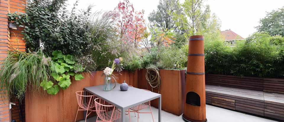 Small gardens - cover