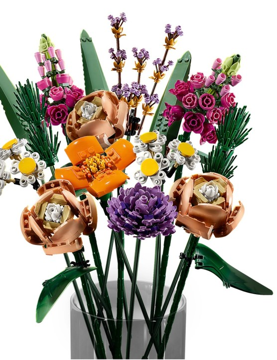 The bouquet in detail