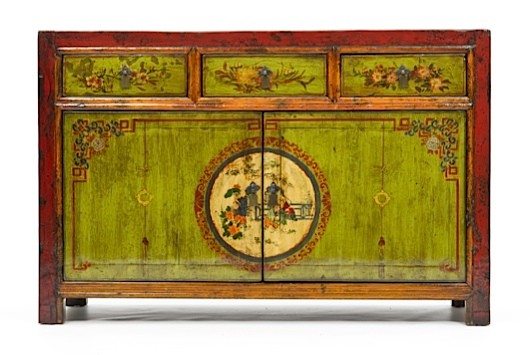 A traditional design from the Province of Shanxi, China has been painted onto the front of this sideboard