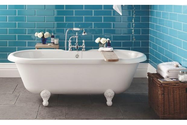 Topps Tiles' ceramic 'Diamante' (£38.33 per sq m)