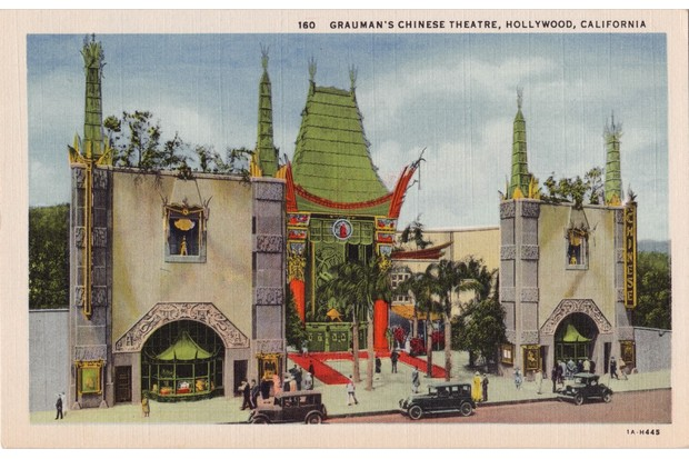An early postcard showing Grauman's Chinese Theatre in the 1920s