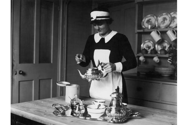 Maid-preparing-tea