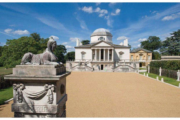 The exterior of Chiswick house in the sunshine