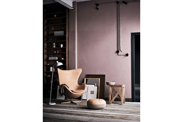 The 60th anniversary edition of the Egg Chair against a blush pink wall