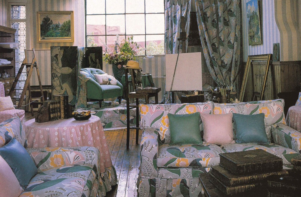 A 1980s Laura Ashley living room