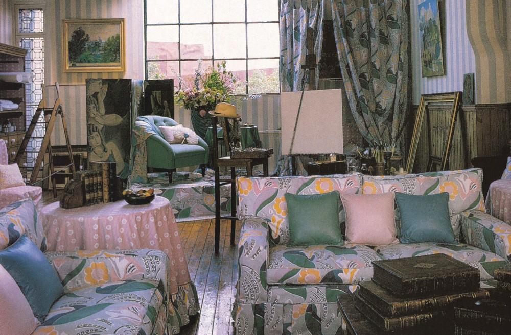 A 1980s Laura Ashley living room