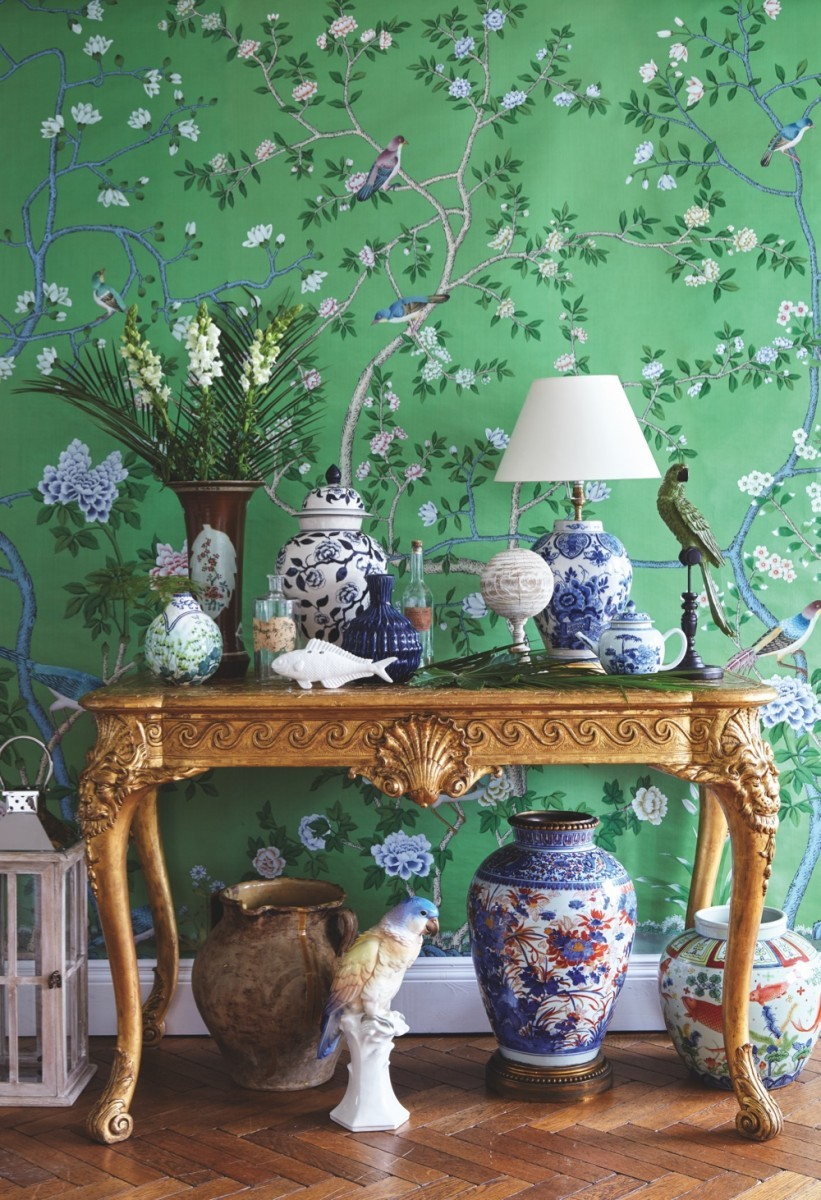 Hand-painted 'Earlham' wallpaper behind an early Georgian, gilt console table
