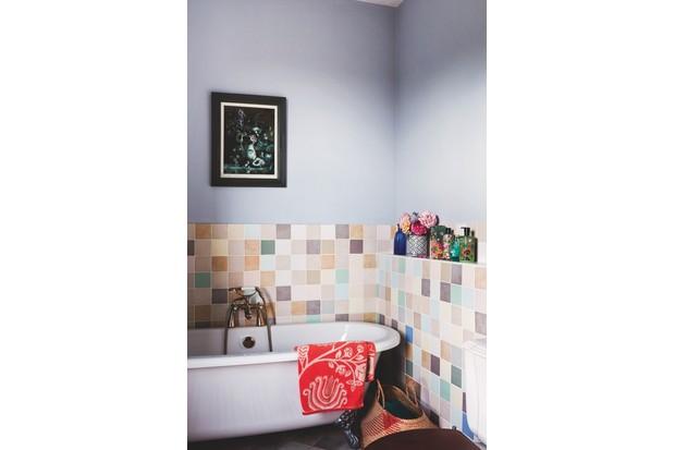 Kaffe Fassett's bathroom
