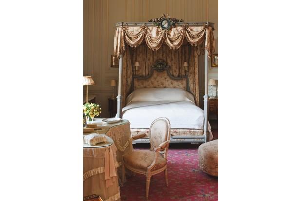The Portico bedroom in Waddesdon Manor