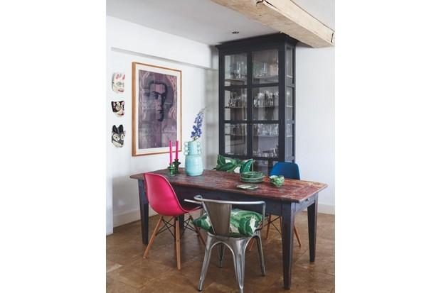 Lizzie Gordon's dining room