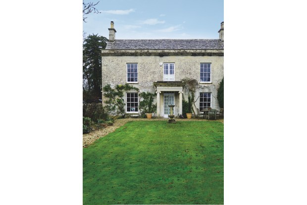 The exterior of Lizzie Gordon's Cotswold home