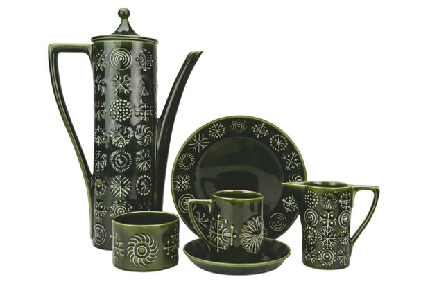 Patterned kitchen items