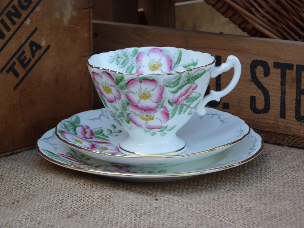 A 'Hammersley' rose tea cup