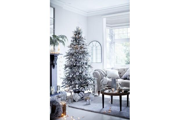 A white Christmas tree