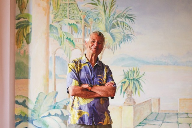 A portrait of Kaffe Fassett in a bold Hawaiian shirt