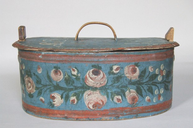 Swedish painted folk art box
