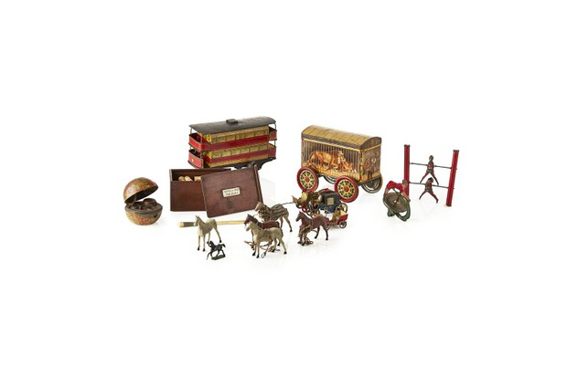 A set of antique circus tinplate toys