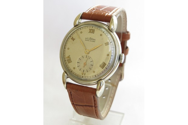 Brown leather antique wrist watch