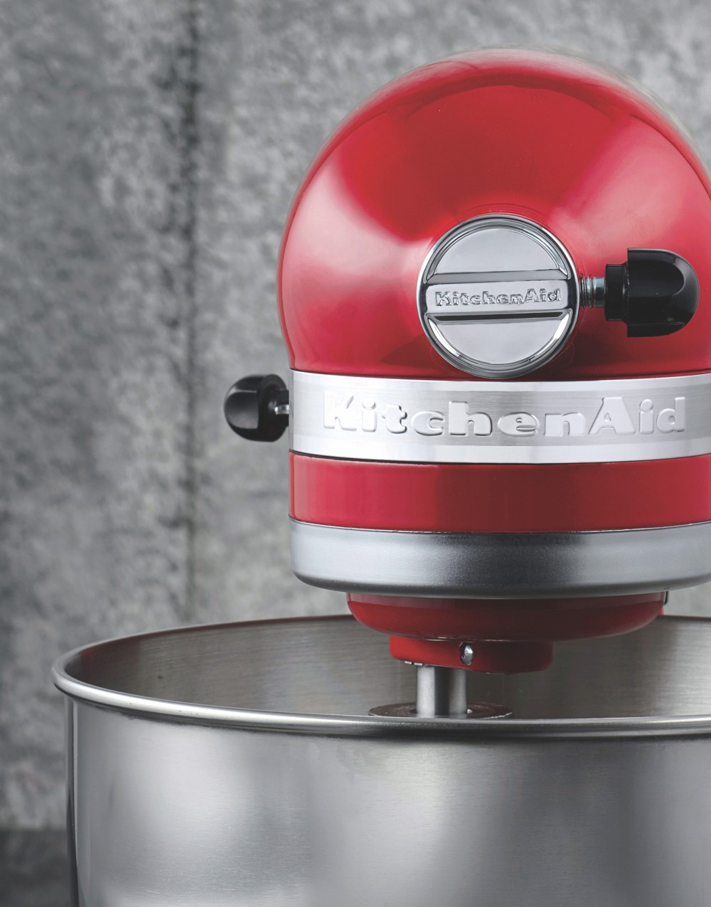 The KitchenAid stand mixer in Empire Red