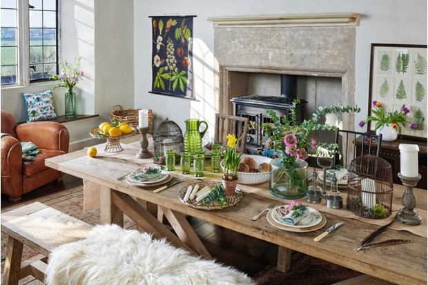 Rustic Birds & Botanicals dining room