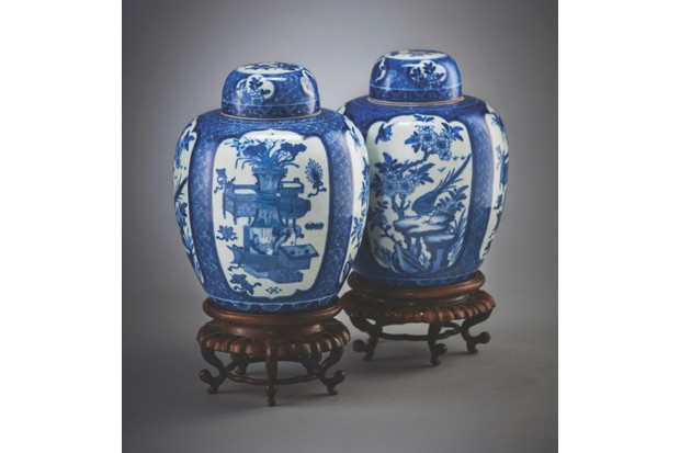 19th century Chinese blue-and-white ginger jars on wood stand