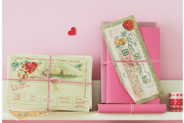 Antique and vintage Valentines Cards