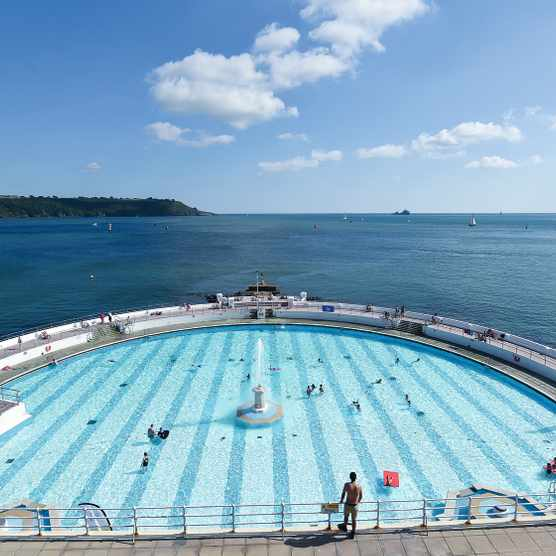Tinside Lido looks out from Plymouth Hoe. Image courtesy of Visit Plymouth.