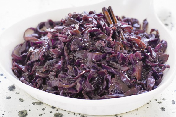 Slow cooked spiced red cabbage