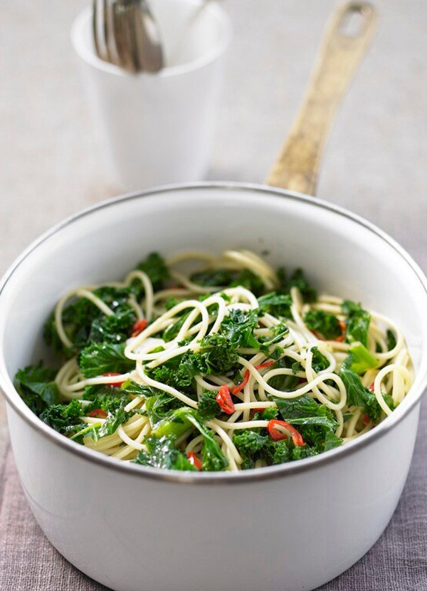 Pasta with kale, garlic and chilli recipe