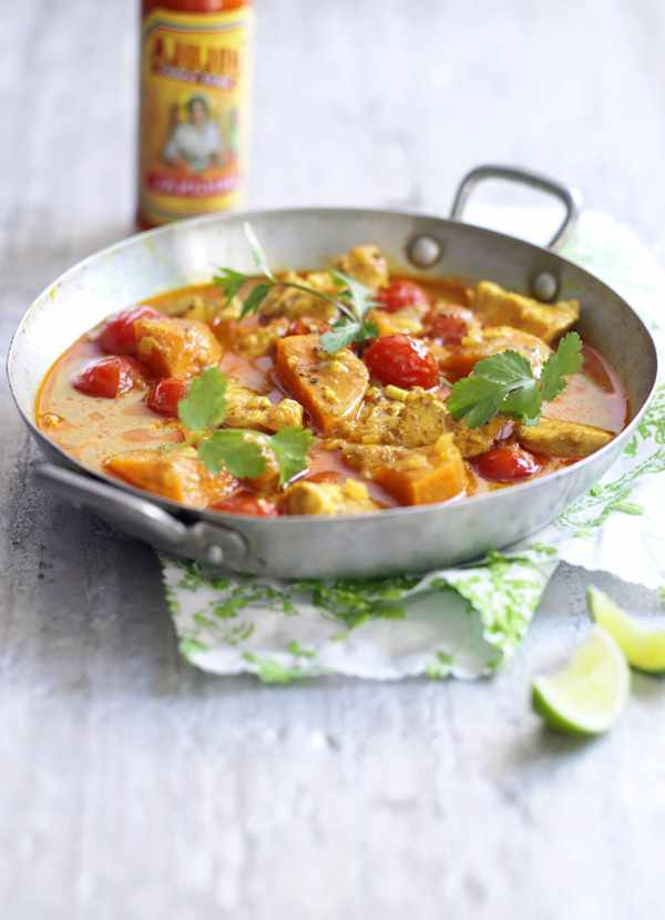 West Indian Chicken Curry With Cinnamon and Tomatoes