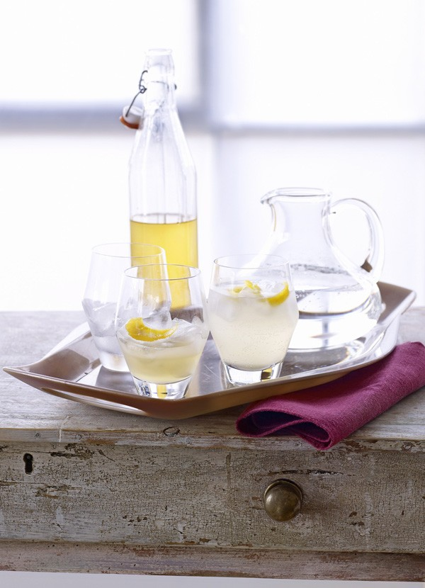Quick ginger cordial