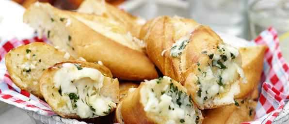 Mozzarella Garlic Bread Recipe with Basil