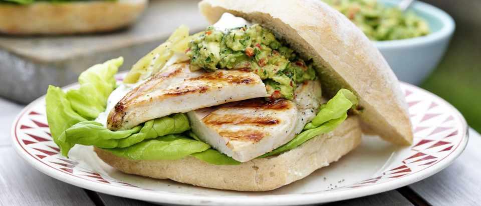 Tex-Mex chicken with guacamole