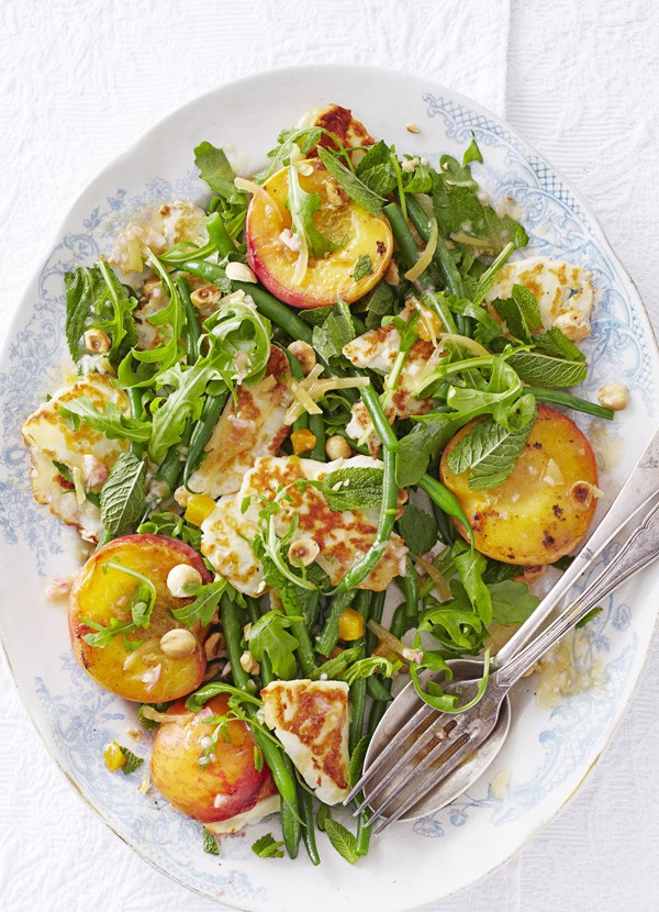 Peach Salad Recipe with Halloumi and Green Beans