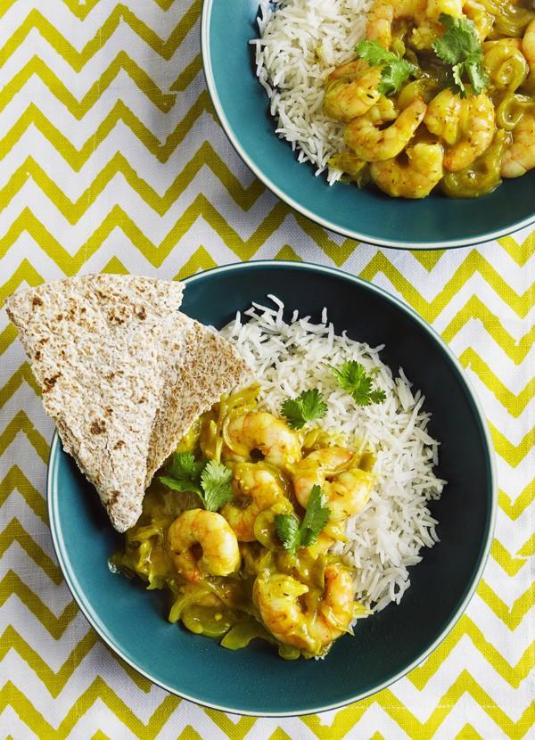 Tamarind prawn curry