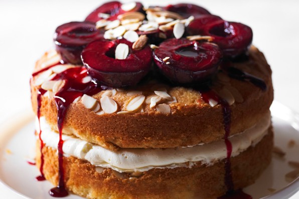 Sloe gin layer cake