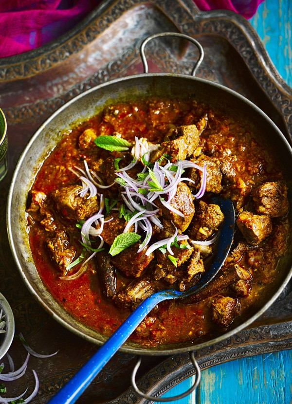 Fall-apart vindaloo with red onion mint chutney