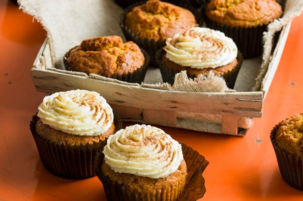 Pumpkin pie spiced muffins